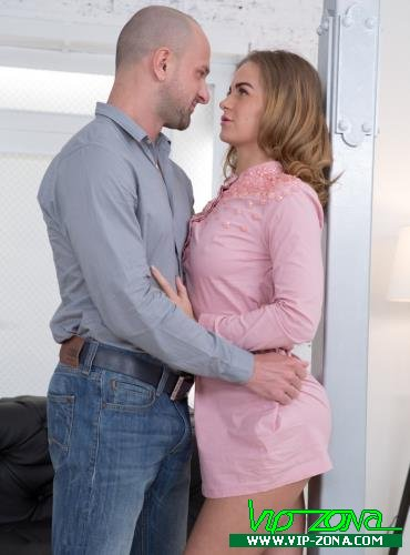 Janny Manson aka Jenny Manson - Couple works out when orgasming (2018/SD)